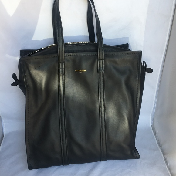 Balenciaga Handbags - Balenciaga Bazar Shopper Medium Tote ca1cd191a8c56